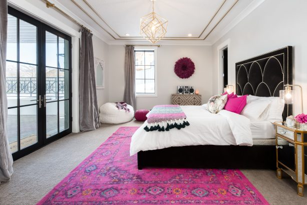 white and pink can benefit from sparks of black and gray